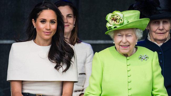 Công nương Meghan đã có bầu và đây là 8 quy tắc hoàng gia mà cô phải tuân theo trong thai kỳ-7