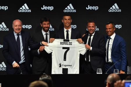 Juventus bị vạ lây vì nghi án hiếp dâm của C.Ronaldo-1