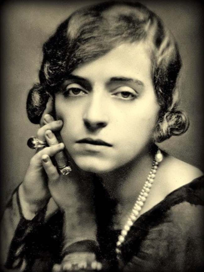 Chuyện đời khó tin của Marguerite Alibert: Từ gái lầu xanh trở thành công chúa, cuối cùng giết chồng và dám uy hiếp Hoàng gia Anh để thoát tội-10