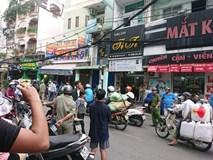 2 giờ căng thẳng khống chế tên cướp dùng hung khí cố thủ trong tiệm game ở Sài Gòn