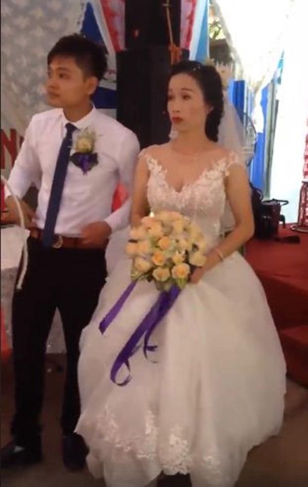 5 cặp đôi nhi đồng ăn chưa no đã lo cưới gây bão mạng xã hội Việt-2