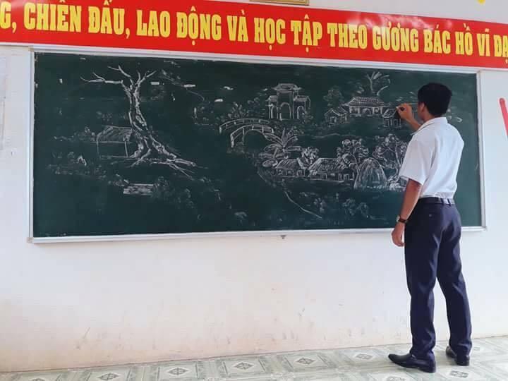 Tròn mắt với những bức tranh do thầy giáo vẽ nên bằng phấn-4