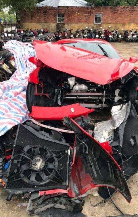 Sửa chữa xe Ferrari Tuấn Hưng gặp nạn hết bao nhiêu?-1