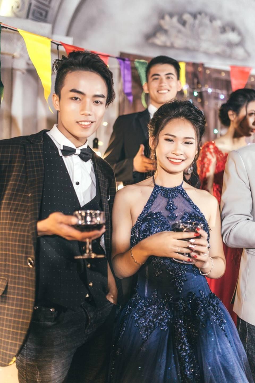 Khi rich kids Việt chụp ảnh kỷ yếu: Lớp chi 80 triệu đi Đà Lạt, lớp chụp hết 40 triệu ở phim trường-1