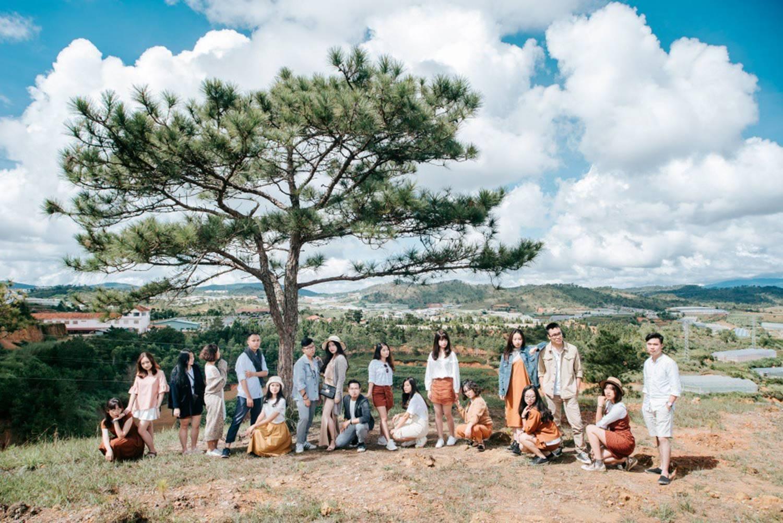Khi rich kids Việt chụp ảnh kỷ yếu: Lớp chi 80 triệu đi Đà Lạt, lớp chụp hết 40 triệu ở phim trường-7