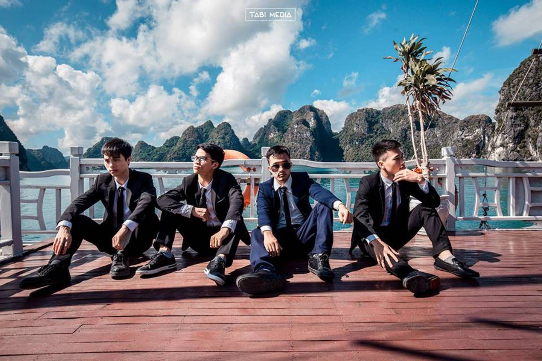 Khi rich kids Việt chụp ảnh kỷ yếu: Lớp chi 80 triệu đi Đà Lạt, lớp chụp hết 40 triệu ở phim trường-11