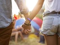 Nhìn vào cách nắm tay để xem người đó có thực sự yêu bạn