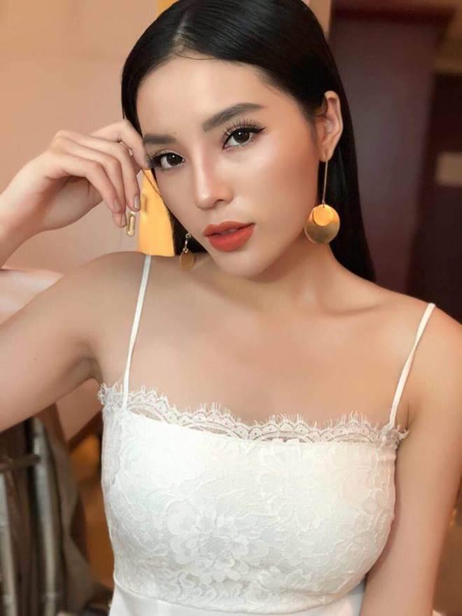 Sau Hàn Quốc, phong cách trang điểm Thái Lan là mốt mới của dàn mỹ nhân Việt-6