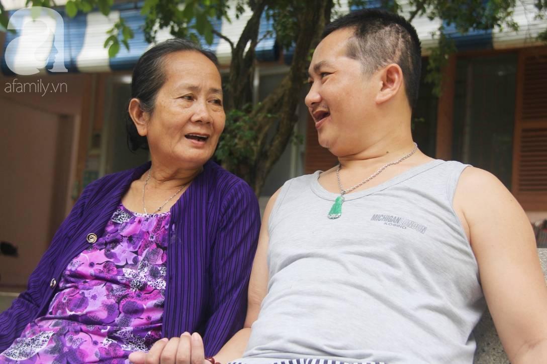 Nụ cười hạnh phúc của mẹ: 33 tuổi, đứa con trai đã biết nói, biết đi sau khi được ông trời trả lại-5