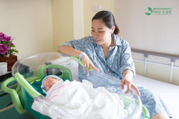 Trẻ sơ sinh thường giật mình vì những lý do rất đơn giản-3