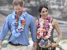 Meghan táo bạo mặc váy maxi ra biển, thậm chí phá vỡ quy tắc hoàng gia mà đến Công nương Diana còn phải kiêng dè