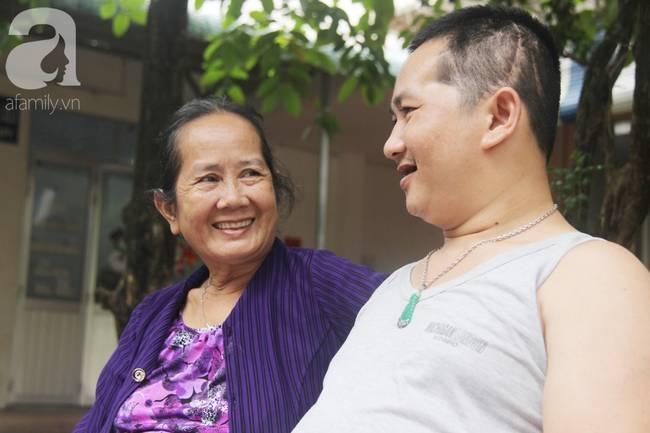 Nụ cười hạnh phúc của mẹ: 33 tuổi, đứa con trai đã biết nói, biết đi sau khi được ông trời trả lại-14
