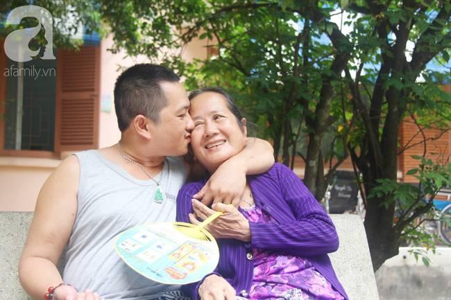 Nụ cười hạnh phúc của mẹ: 33 tuổi, đứa con trai đã biết nói, biết đi sau khi được ông trời trả lại-15