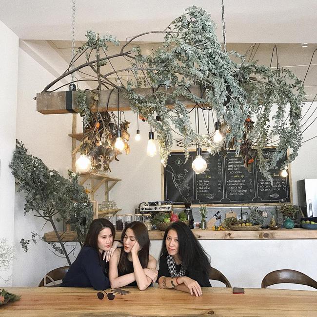 Theo chân Tăng Thanh Hà và hội bạn thân khám phá Đà Lạt thơ mộng, ngập tràn hơi thở hiện đại-11