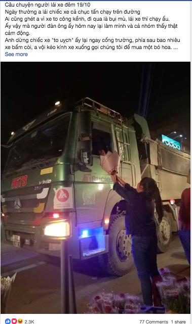 Bác tài xế lái xe hổ vồ vội dừng xe, kéo nhanh chiếc kính mua bó hoa tặng vợ nhân ngày 20/10 khiến nhiều người xúc động-1