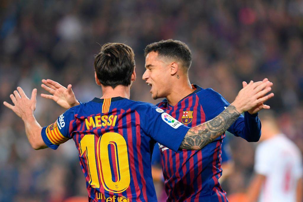Messi gãy tay rùng rợn sau pha tiếp đất lỗi, băng bó ngay trên sân và chắc chắn vắng mặt ở trận Siêu kinh điển-10