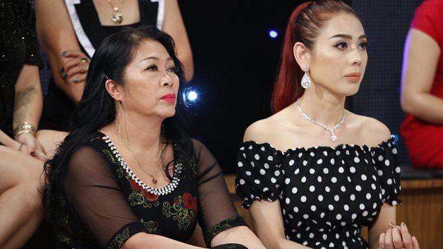 Lâm Khánh Chi lên tiếng về tin đồn thét ra lửa khiến mẹ chồng sợ hãi, nghe tiếng giày đã biết đó là con dâu-1