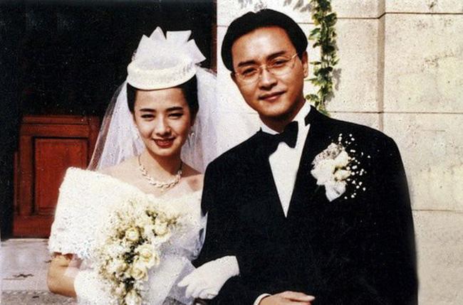 Mao Thuấn Quân: Hai lần từ chối lời cầu hôn của Trương Quốc Vinh và 3 cuộc hôn nhân đẫm nước mắt-5