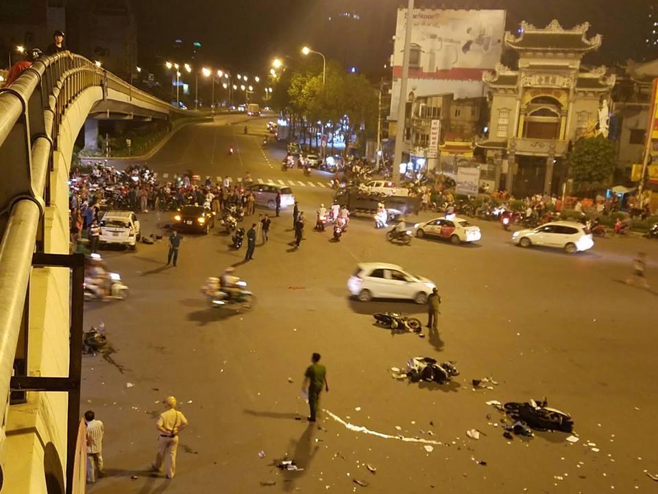 Nữ tài xế BMW tông 5 xe máy ở vòng xoay Sài Gòn, 1 người tử vong-6