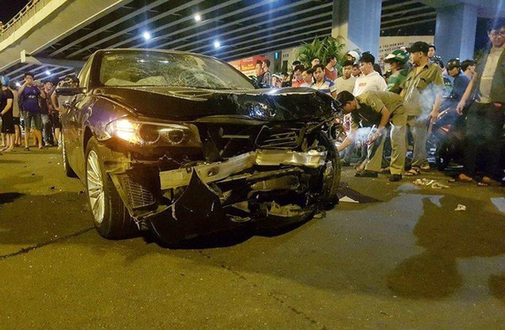 Nữ tài xế BMW tông 5 xe máy ở vòng xoay Sài Gòn, 1 người tử vong-8