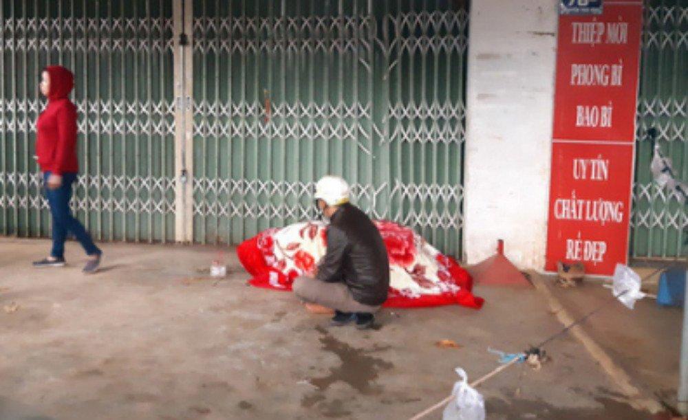 2 cô gái chết ngạt trong cửa hàng hoa bị thiêu rụi-4