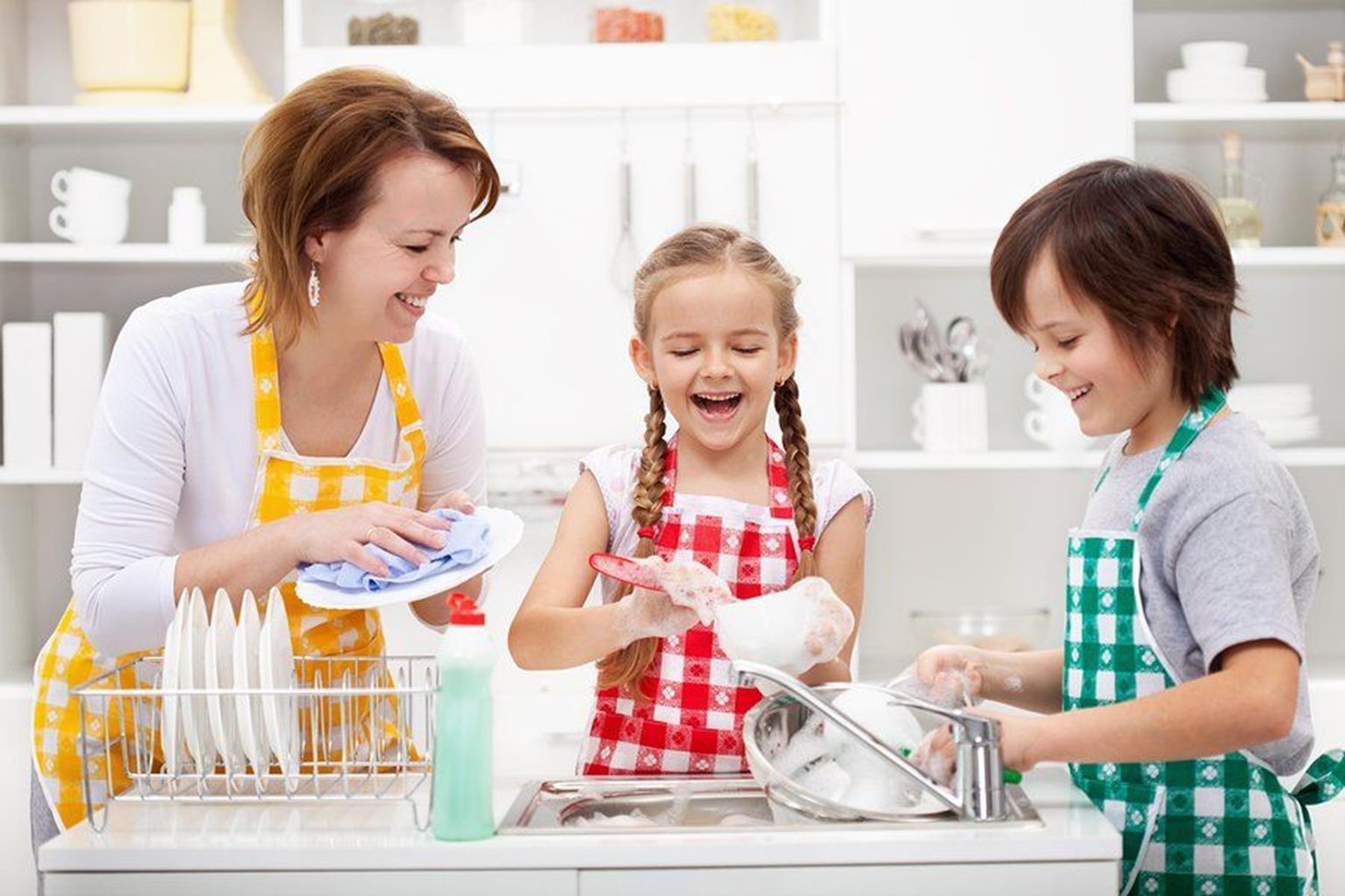 Cách để con tự giác làm việc nhà không phải cha mẹ Việt nào cũng dám thử-2