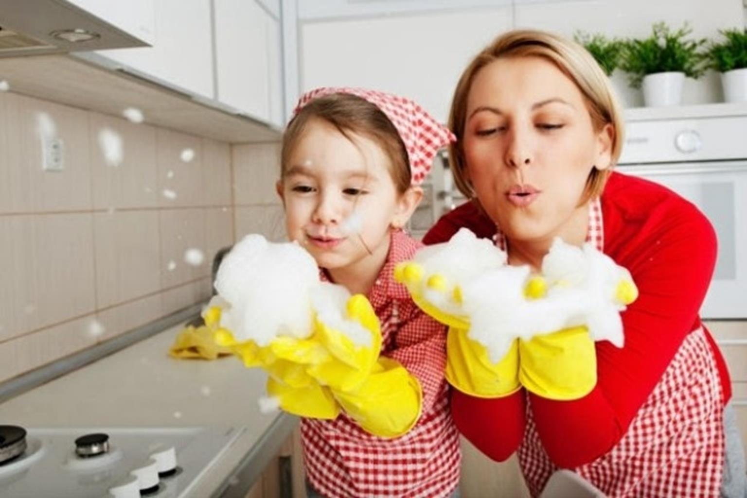 Cách để con tự giác làm việc nhà không phải cha mẹ Việt nào cũng dám thử-4