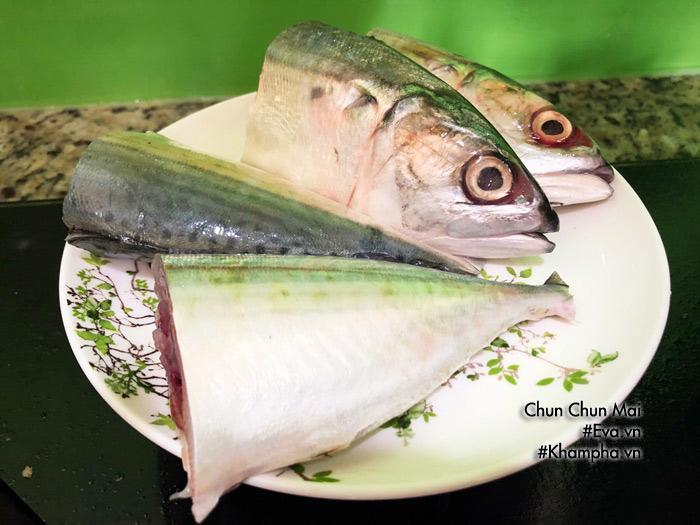 Cá bạc má kho cà chua đậm đà, béo ngậy chưa kịp ăn thêm nồi cơm đã hết veo-2