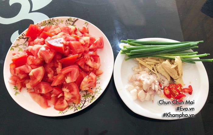 Cá bạc má kho cà chua đậm đà, béo ngậy chưa kịp ăn thêm nồi cơm đã hết veo-3