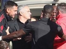 Đằng sau cú đúp kỳ diệu của Martial là một Mourinho vẫn đang lạc lối
