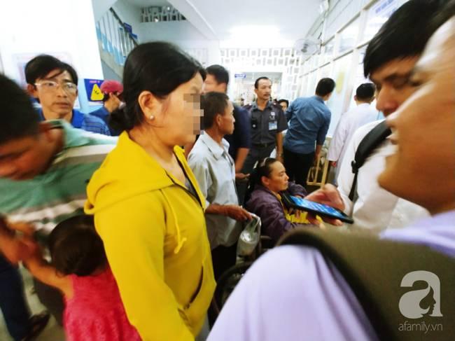 Vụ tai nạn liên hoàn tại Hàng Xanh: Mẹ bay vào Nam trong đêm, cha nghẹn ngào khi con mới đi làm đã gặp nạn-6