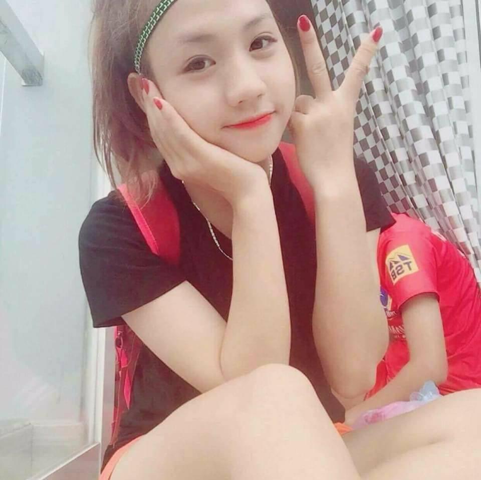 Nữ cầu thủ U19 Việt Nam khiến khán giả thốt lên: Chỉ là đá bóng thôi, có cần phải xinh vậy không?-4