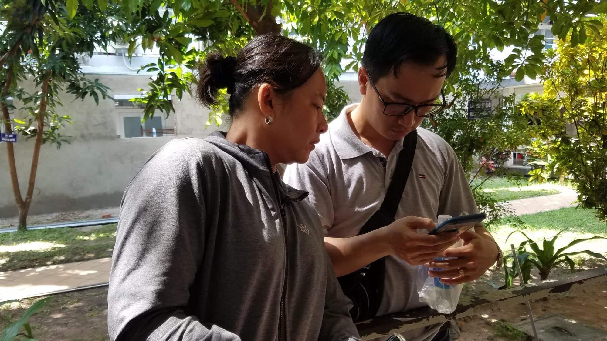 Mẹ của nạn nhân bị thương nặng trong vụ ô tô BMW đâm liên hoàn ở Sài Gòn: Con chỉ kịp thì thào với tôi vài câu-3