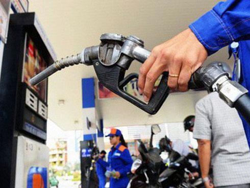 Giá xăng giảm nhẹ sau ba lần tăng liên tiếp-1