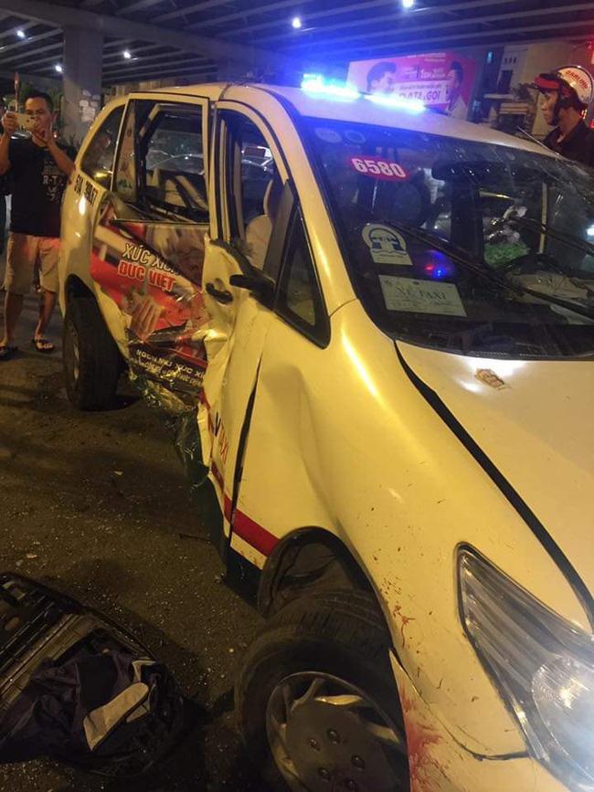 Clip và ảnh hiện trường vụ nữ tài xế gây tai nạn khiến 6 người thương vong ở Hàng Xanh-8