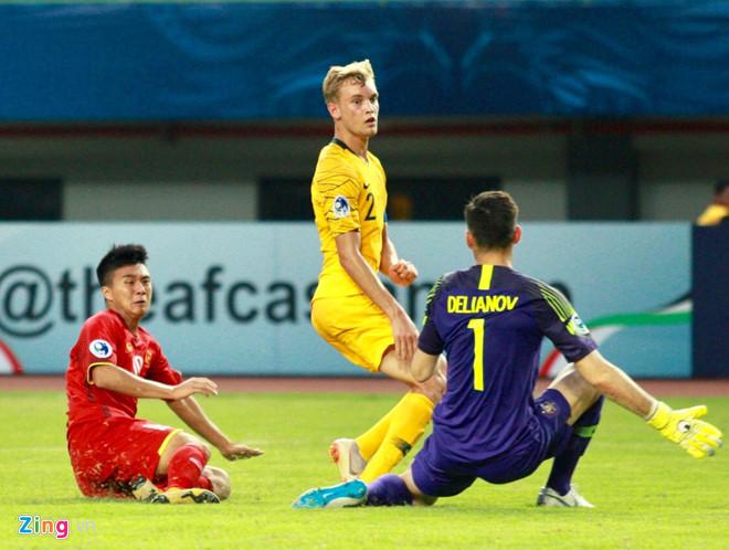 HLV Hoàng Anh Tuấn: Không hiểu vì sao U19 Việt Nam lại sợ hãi-1