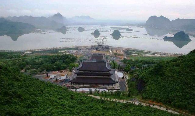Đá mặt trăng 600.000 USD sẽ được tạc thành tượng Phật đặt tại chùa Tam Chúc-2