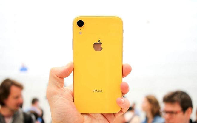 Chưa về Việt Nam, iPhone XR đã loạn giá-2