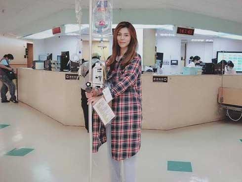 Nữ diễn viên bị táo bón nặng, đi vệ sinh 4 tiếng một lần, khi phẫu thuật mới giật mình-1