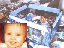 """Bé trai 15 tháng chết giữa đống rác và sự thật kinh hoàng về người mẹ """"điên"""
