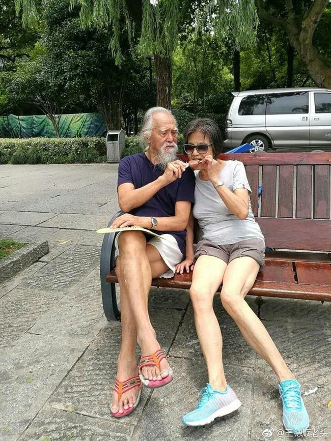 Cuộc đời hạnh phúc bao người thèm khát của cụ ông nóng bỏng nhất TQ ở tuổi 80-13