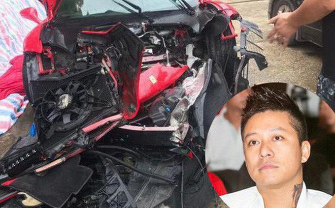 Số phận siêu xe Ferrari 16 tỷ của Tuấn Hưng ra sao sau tai nạn kinh hoàng, đầu xe nát tươm?-1