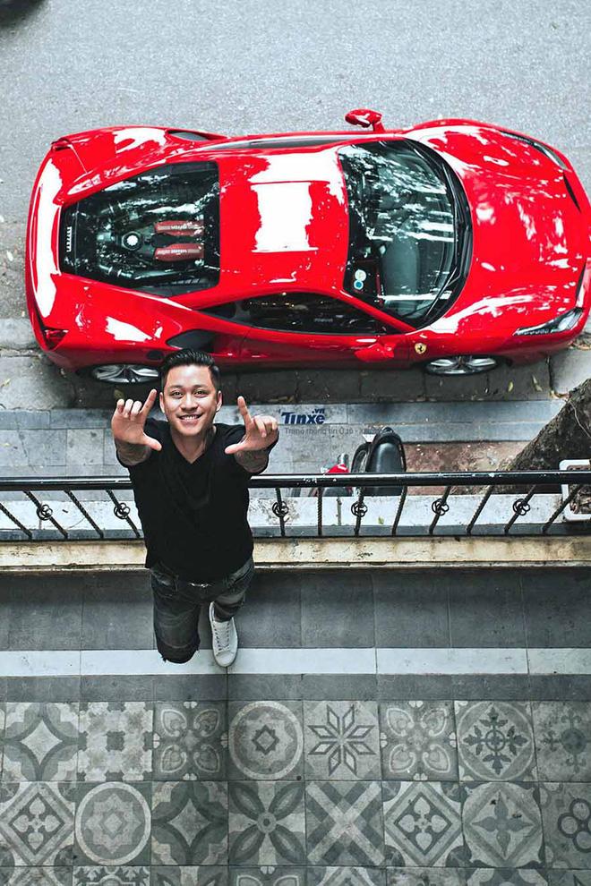 Số phận siêu xe Ferrari 16 tỷ của Tuấn Hưng ra sao sau tai nạn kinh hoàng, đầu xe nát tươm?-2