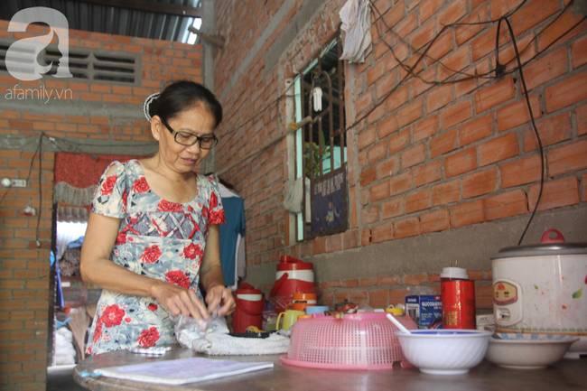 4 đứa trẻ mồ côi cha, ốm trơ xương vì đói ăn bên bà nội già yếu sau khi mẹ bỏ đi lấy chồng mới-11