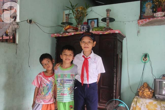 4 đứa trẻ mồ côi cha, ốm trơ xương vì đói ăn bên bà nội già yếu sau khi mẹ bỏ đi lấy chồng mới-7