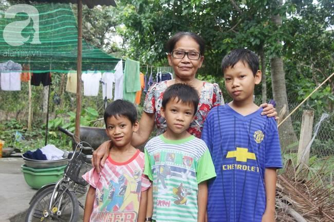 4 đứa trẻ mồ côi cha, ốm trơ xương vì đói ăn bên bà nội già yếu sau khi mẹ bỏ đi lấy chồng mới-18
