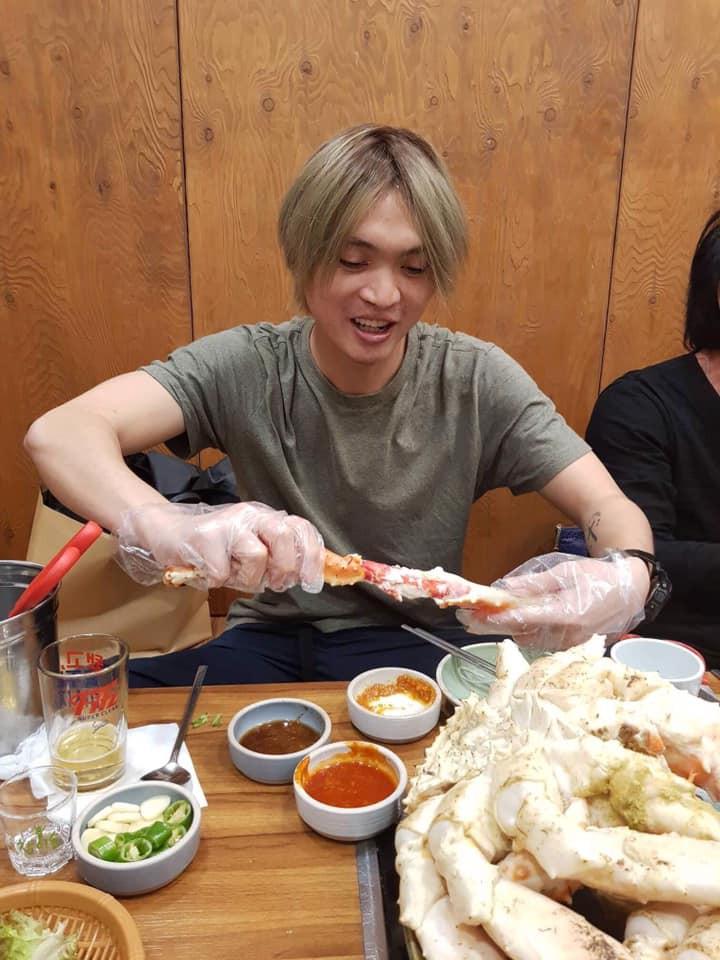 Tuấn Anh tận tay chuẩn bị đồ ăn cho Văn Thanh, Đức Lương tại Hàn Quốc-2