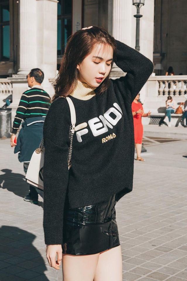 Sải bước trên đường phố Paris, Ngọc Trinh khoe street style chất lừ với hàng hiệu phủ người-13