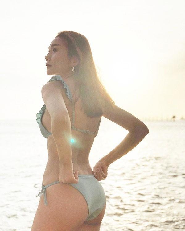 Thanh Hằng khoe ảnh bikini khiến dân mạng phát sốt với thân hình nóng bỏng-1