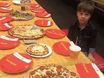Dân mạng đòi tới sinh nhật của bé trai 6 tuổi sau khi cậu mời 32 bạn cùng lớp nhưng không ai xuất hiện
